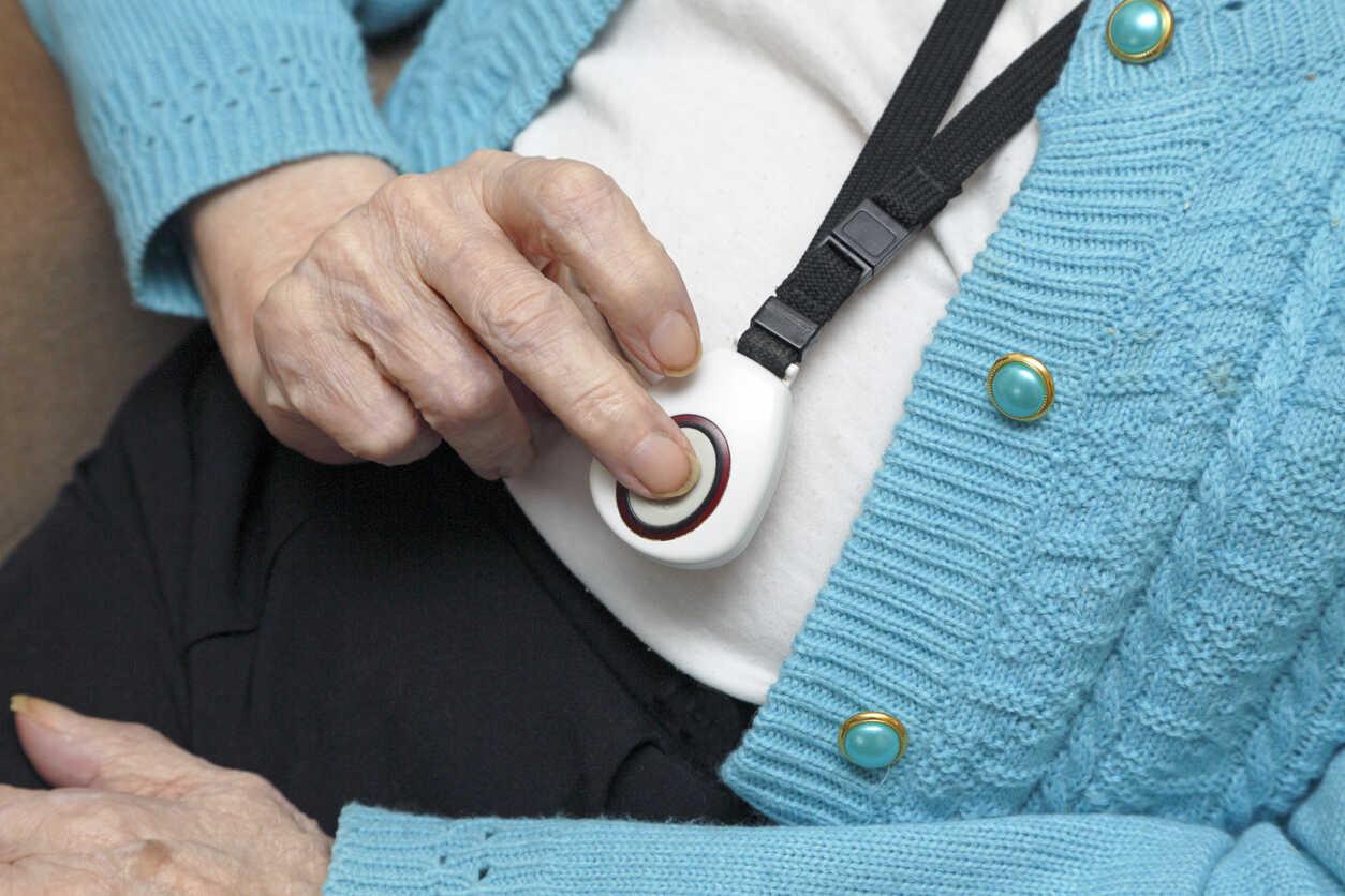 Controllo persone per la sicurezza personale di anziani, ragazzi, lavoratori a rischio e sportivi.