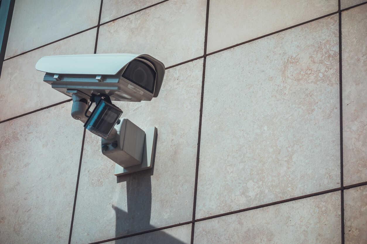 Realizzazione di impianti di videosorveglianza per aziende, efficaci e moderni, grazie alle consolidate tecnologie senza fili.